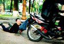 Tin tức - Điều tra vụ người phụ nữ đi xe đạp bị giật túi xách chứa hơn 100 triệu đồng