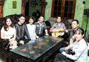 Tin tức - Học trò đến biệt thự riêng nghe Ngọc Sơn hướng dẫn hát bolero