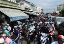 """Tin tức - Hậu nghỉ lễ: Cửa ngõ Sài Gòn kẹt cứng, người dân """"tay xách nách mang"""" về thủ đô"""