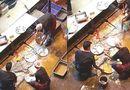 Tin tức - Video: Nhân viên nhà hàng rửa bát bằng nước cống khiến người xem ám ảnh