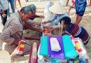 Tin tức - Người dân Quảng Bình an táng cá hố rồng dài 5m trôi dạt vào bờ biển