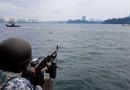 Tin thế giới - Tàu chiến của lực lượng Hải quân Singapore tuần tra quanh đảo Sentosa trong bữa trưa của lãnh đạo Mỹ, Triều