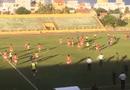 Tin tức - Clip sốc: Cầu thủ Bà Rịa-Vũng Tàu đuổi đánh trọng tài vì mất suất lên hạng