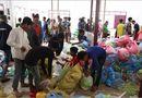 Tin tức - Dầm mưa, vượt lũ cứu người và bữa cơm thắm tình hữu nghị trên nước bạn Lào