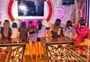 """Tin tức - Nữ tiếp viên ăn mặc """"mát mẻ"""" phục vụ """"khách vip"""" trong quán karaoke ở Sài Gòn"""