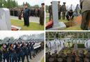 Tin thế giới - Ông Kim Jong-un đội mưa tham dự lễ tang nguyên soái quân đội