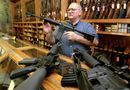 Tin thế giới - Bộ giáo dục Mỹ cân nhắc việc cấp tiền mua súng cho giáo viên
