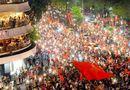 Tin tức - Cả nước xuống đường reo hò ăn mừng Olympic Việt Nam vào bán kết ASIAD 2018