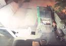 Tin tức - Video: 2 tù nhân Mỹ vượt ngục bằng cách chui vào thùng rác