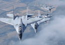 """Tin thế giới - Video: Dàn tiêm kích """"sát thủ"""" MiG-29 và màn nhào lộn đỉnh cao trên bầu trời Nga"""