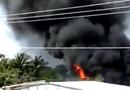 Tin tức - Cà Mau: Thợ hàn gây cháy lớn, người dân chạy tán loạn