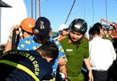 """Tin tức - Quay clip nhảy nhót """"câu view"""", nam thanh niên leo lên đỉnh trụ cầu Thuận Phước"""