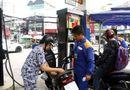 Tin tức - Giá xăng dầu giảm gần 1.500 đồng từ 15h chiều nay (6/12)