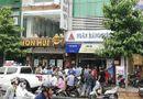 Tin tức - Công an tiết lộ số tiền bị đôi nam nữ dùng súng cướp tại ngân hàng ở TP.HCM