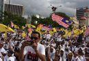 Tin tức - Biểu tình lớn tại Malaysia, Đại sứ quán Việt Nam cảnh báo người hâm mộ thận trọng