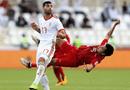 """Tin tức - VFF: """"Đức Huy bị mất trí nhớ tạm thời sau va chạm với cầu thủ Iran"""" ở Asian Cup 2019"""