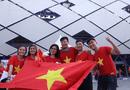 """Tin tức - """"Đại chiến"""" Việt Nam vs Nhật Bản: Cổ động viên """"nhuộm đỏ"""" SVĐ Al Maktoum"""