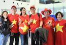 Tin tức - Hoa hậu Ngọc Hân mang áo dài tự thiết kế sang UAE cổ vũ ĐT Việt Nam