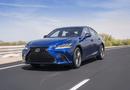 """Tin tức - Bảng giá xe ô tô Lexus mới nhất tháng 2/2019: """"Chuyên cơ mặt đất"""" Lexus LX570 tăng thêm 370 triệu đồng"""