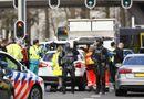 Tin thế giới - Hiện trường vụ xả súng nghi là khủng bố trên tàu điện ở Hà Lan