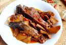 Món ngon mỗi ngày: Cá trắm kho riềng đậm đà ngon cơm