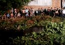 Pháp luật - Nam thanh niên cướp dây chuyền sa lưới sau 10 giờ lẩn trốn dưới dòng kênh đục ngàu