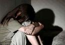 An ninh - Hình sự - Người mẹ tố ông lão 75 tuổi dùng băng keo bịt miệng, hiếp dâm con gái 11 tuổi