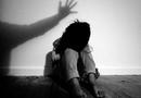 An ninh - Hình sự - Vụ cha dượng xâm hại tình dục bé gái 11 tuổi ở Lào Cai: Đề nghị đổi tội danh