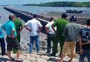 An ninh - Hình sự - Điều tra vụ thi thể nam giới đang phân hủy, trôi dạt trên biển ở Cà Mau
