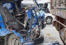 Tin trong nước - Hà Nội: Ô tô tải đâm vào đuôi container đang đậu trên cầu, 2 người thương vong