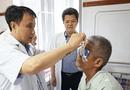 Việc tốt quanh ta - Cựu chiến binh 83 tuổi hiến giác mạc, đem lại ánh sáng cho 2 bệnh nhân