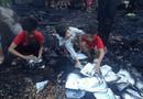 Tin trong nước - Sét đánh cháy nhà trong lúc ba mẹ đi vắng, 3 anh em thẫn thờ nhặt từng trang sách trong đống tro tàn