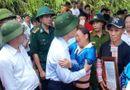 Việc tốt quanh ta - Vinh danh trưởng công an xã hy sinh khi chạy lũ giúp dân