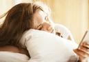 Đời sống - Hoảng hồn bởi hàng loạt tác hại của việc sử dụng điện thoại khi vừa thức giấc vào buổi sáng