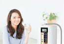 Cần biết - Tin được không - Uống nước đúng cách giúp giảm cân hiệu quả