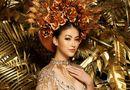 """Giải trí - Phương Khánh rạng rỡ diện lại bộ trang phục """"huyền thoại"""" ở Miss Earth"""
