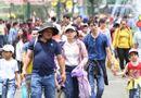 Tin trong nước - Nhiều điểm vui chơi tại TP.HCM quá tải dịp nghỉ lễ 2/9, chợ Trung thu phố cổ Hà Nội đông nghịt người