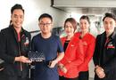 Việc tốt quanh ta - Tiếp viên hàng không trả 125 triệu đồng bỏ quên cho khách nước ngoài