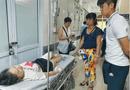 Tin trong nước - Vụ CĐV bị thương trong trận Nam Định- Hà Nội: Công an truy tìm người bắn pháo sáng trên sân Hàng Đẫy