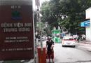 Tin trong nước - Cháu bé 3 tuổi bị bỏ quên trên xe đưa đón hơn 7 tiếng ở Bắc Ninh
