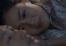 Giải trí - Hoa hồng trên ngực trái tập 13: Khuê hèn mọn cầu xin chồng vì con nhưng Thái không dao động