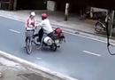 Tin trong nước - Clip người đàn ông sàm sỡ bé gái giữa đường ở Nam Định: Người đàn ông 43 tuổi thừa nhận hành vi