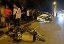 Tin trong nước - Hà Nội: Ô tô kéo lê xe máy cả trăm mét, tông đổ cột điện trong đêm