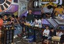 """Tin trong nước - Vụ cảnh sát đột kích quán karaoke Paradise: Lộ tuổi đời những """"bóng hồng"""" và dân chơi xăm trổ"""