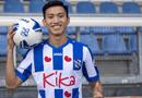 Thể thao - Đoàn Văn Hậu xử lý khéo léo đánh bại thủ môn Heerenveen