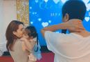 Giải trí - Hồ Hoài Anh đeo nhẫn cưới, xuất hiện cùng Lưu Hương Giang và con gái sau ồn ào ly hôn