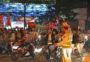 Tin trong nước - Công an Hà Nội tung lực lượng chống đua xe, đốt pháo trong trận Việt Nam - Malaysia