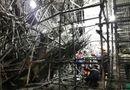 Tin trong nước - Vụ sập giàn giáo khiến 5 công nhân bị thương: Đình chỉ công trình phục vụ điều tra