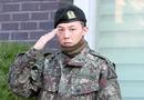 """Giải trí - G-Dragon nhận """"mưa chỉ trích"""" vì tác phong lệch chuẩn dù vừa xuất ngũ"""