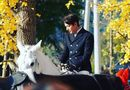 """Tin tức giải trí - Lee Min Ho """"gây bão"""" với tạo hình """"bạch mã hoàng tử"""" trong phim mới"""